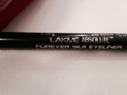 Lakme Absolute Forever Silk Blacklast Review