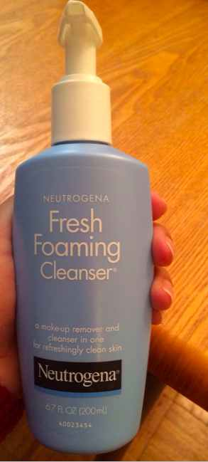 Neutrogena Fresh Foaming Cleanser Review